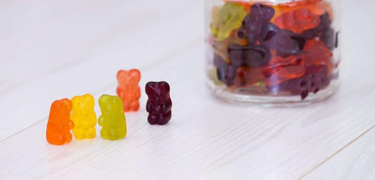 Eating gummy bears after workout